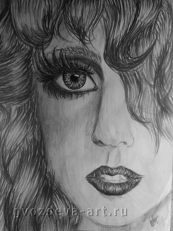 Чёрно-белый портрет Леди Гаги